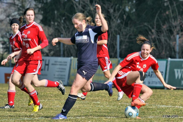 FCA-Ladies 2014-Münz1-FC SGS industrial services ANDORF